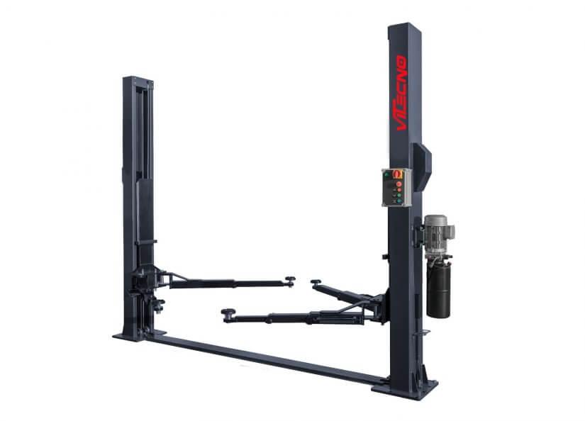 Sollevatore 2 colonne 4 t attrezzatura per officina e for 2 box auto con officina e soppalco